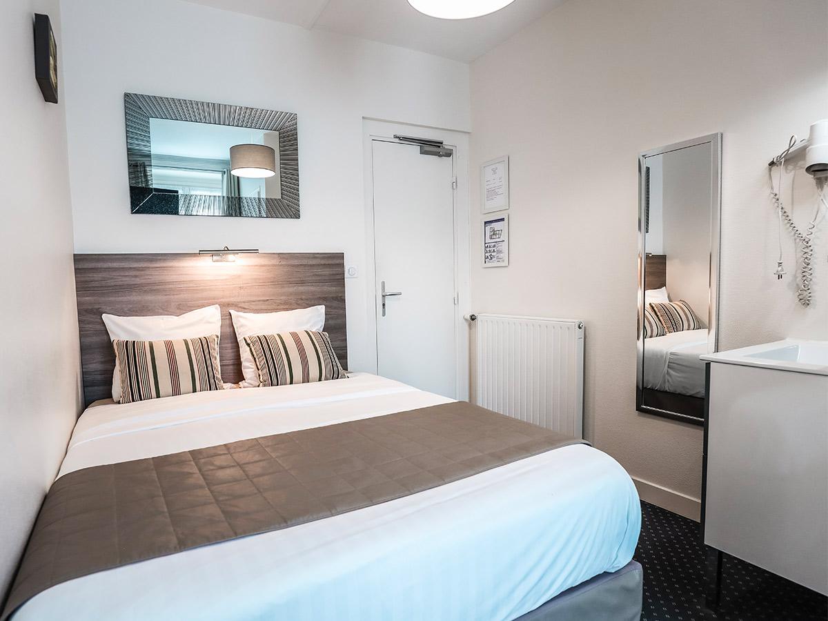 hotel-centre-ville-historique-moderne-chambre-simple
